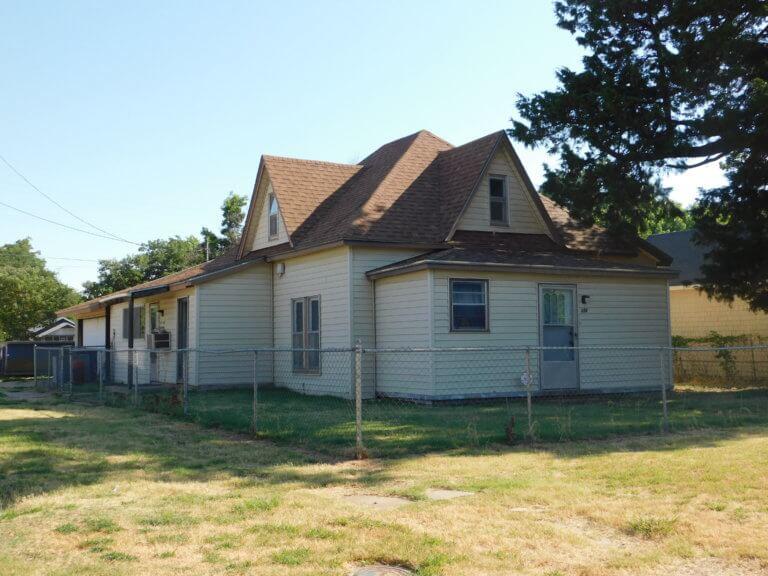 8/23 230  W York Enid OK – Dan Macdonald Estate