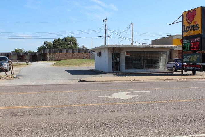 Commercial Property * Watonga OK