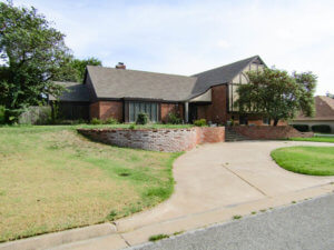 9/19 WILLOW WEST HOME * POOL * 3276 SQ.FT. * 3 BEDROOMS * 3 BATHROOMS ENID OK