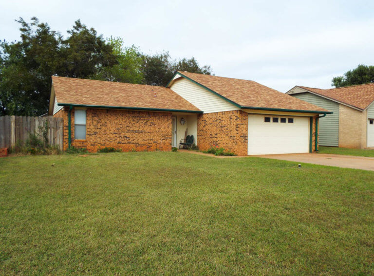 11/12 3 BEDROOM BRICK HOME, ENID OK