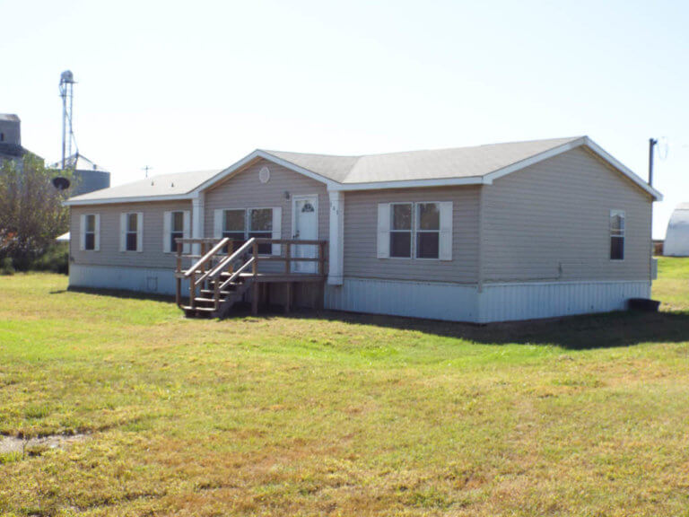 12/10 1,848 SQFT MOBILE HOME * 2 – LOTS * MOVE IN READY HILLSDALE OKLAHOMA.