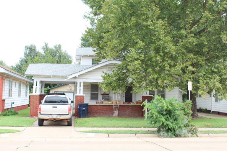 10/28 Great First Home *  1 1/2 Story *  3 Bedrooms * Enid OK