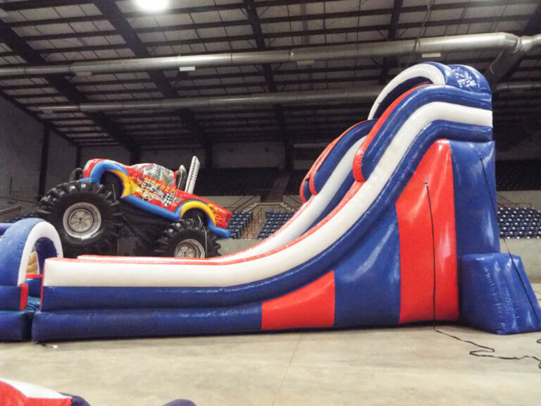 11/20 Commercial Inflatable Bounce  Houses—Enclosed Trailer—Enid OK